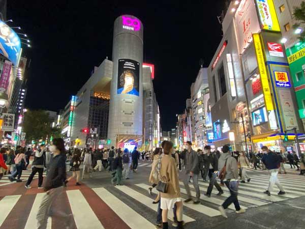 渋谷の広場で出会い系の待ち合わせする事でブスだっあ場合逃げられる