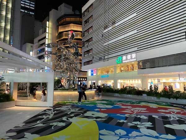 新宿駅東口でJメールの女と待ち合わせ