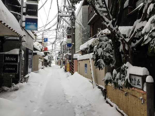 新潟古町のかき忠周辺ではたちんぼが沢山いた