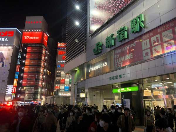 東京で出会いたいなら新宿駅東口